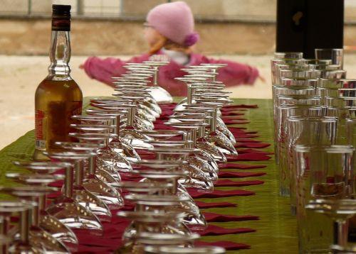 Infos zum Jugendschutzgesetz und Alkohol für Jugendliche